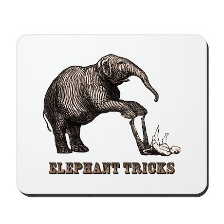 Vintage circus elephant Mousepad