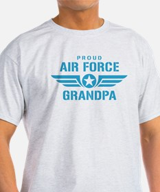 Proud Air Force Grandpa W T-Shirt