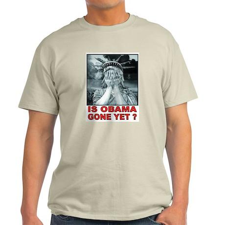 OBAMA STATUE T-Shirt