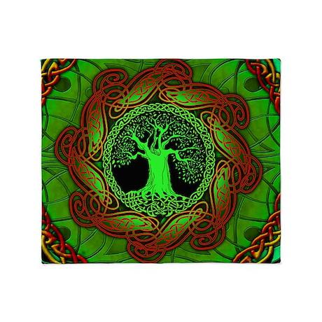 Celtic Tree Illuminated (green) Throw Blanket