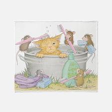 Mice Co Cat Wash Throw Blanket