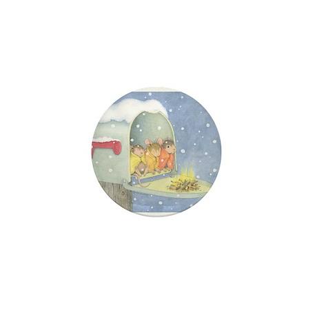 Warm, snowy snuggle Mini Button