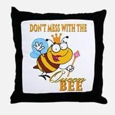 dont mess with the queen bee funny cartoon Throw P