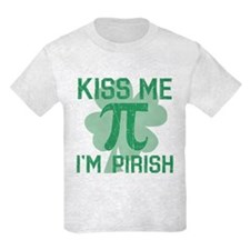 Kiss Me, Im Pirish T-Shirt