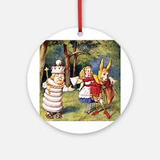 ALICE & THE WHITE KING Ornament (Round)