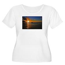 Kauai Sunset Plus Size T-Shirt