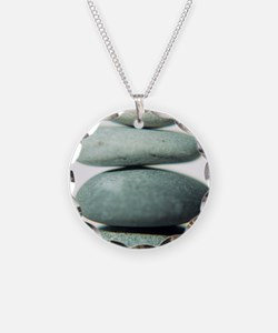 Stacked pebbles - Necklace
