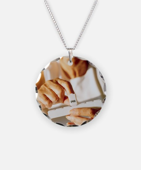 Pill box - Necklace