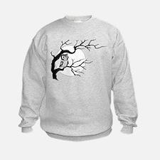 owl on full moon Sweatshirt