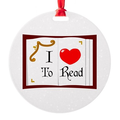 I Love To Read Round Ornament