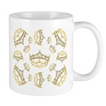 17 queen of hearts crowns Mug