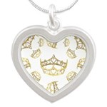 17 queen of hearts crowns Silver Heart Necklace