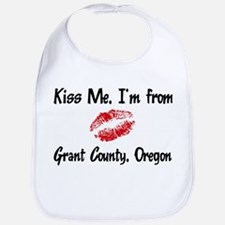 Grant County - Kiss Me Bib