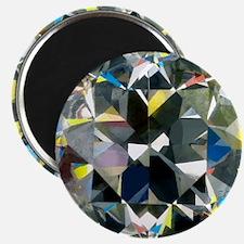 Cut and polished diamond - Magnet