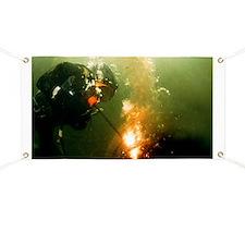 Welding underwater - Banner