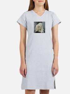 Central Park Zoo Polar Bear Women's Nightshirt
