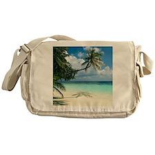Tropical beach - Messenger Bag