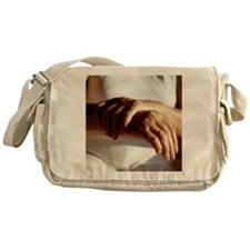 Elderly woman with osteoarthritis - Messenger Bag