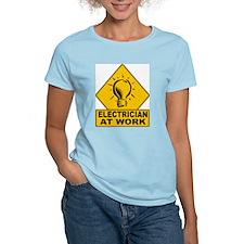 Electrician Bulb Women's Pink T-Shirt