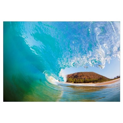 Hawaii, Maui, Makena, Beautiful Blue Wave Breaking Framed Print