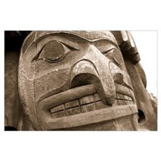 Close-up of a totem pole, Victoria, Vancouver Isla Poster