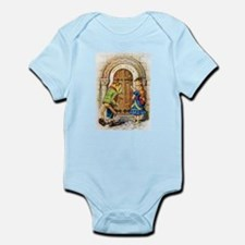 Queen Alice Infant Bodysuit