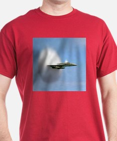 F18 Hornet Breaks Sound Barrier Red T-Shirt