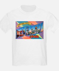 Des Moines Iowa Greetings (Front) Kids T-Shirt