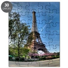 Eiffel tower at sunrise. Puzzle