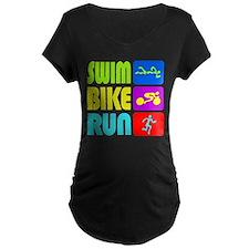 TRI Swim Bike Run Figures Maternity T-Shirt