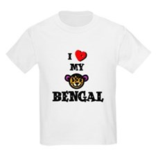 baby leopard cat Kids T-Shirt
