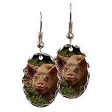 UGLY PIG IN THE FEDERATED STATE Earring