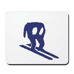 Horace Goes Skiing Mousepad