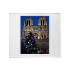 Notre Dame de Paris a NOEL Throw Blanket