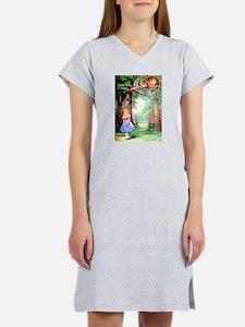 Alice & The Cheshire Cat Women's Nightshirt