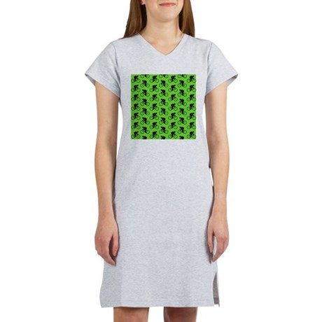 Green Cycling Pattern. Women's Nightshirt