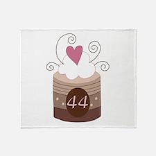44th Birthday Cupcake Throw Blanket