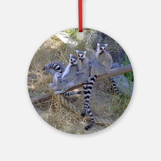 Lemur Line Ornament (Round)