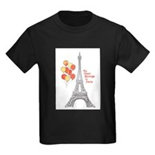 Paris Love Eiffel Tower with Red Balloons T-Shirt
