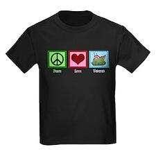 Peace Love Veteran T