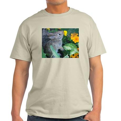 baby bunny horizontal design T-Shirt