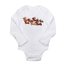 Running Weiner Dogs.png Long Sleeve Infant Bodysui