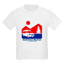 Small House Big Yard RV clothing T-Shirt