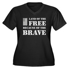 Land of the Free Camo Women's Plus Size V-Neck Dar