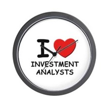 I love investment analysts Wall Clock