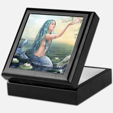 Beautiful Mermaid Keepsake Box