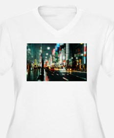 New york street at night Plus Size T-Shirt