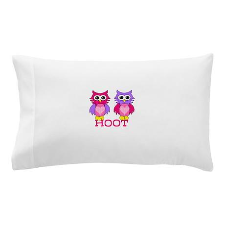 two owls hoot Pillow Case