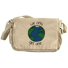one earth Messenger Bag