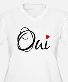 Oui, French word art with red heart Plus Size T-Sh
